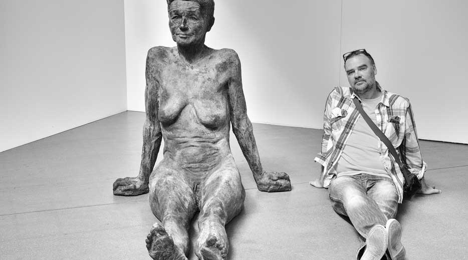 Dainius Dirgėla and his Inner Woman. The sculpture of Mykolas Sauka, 2017